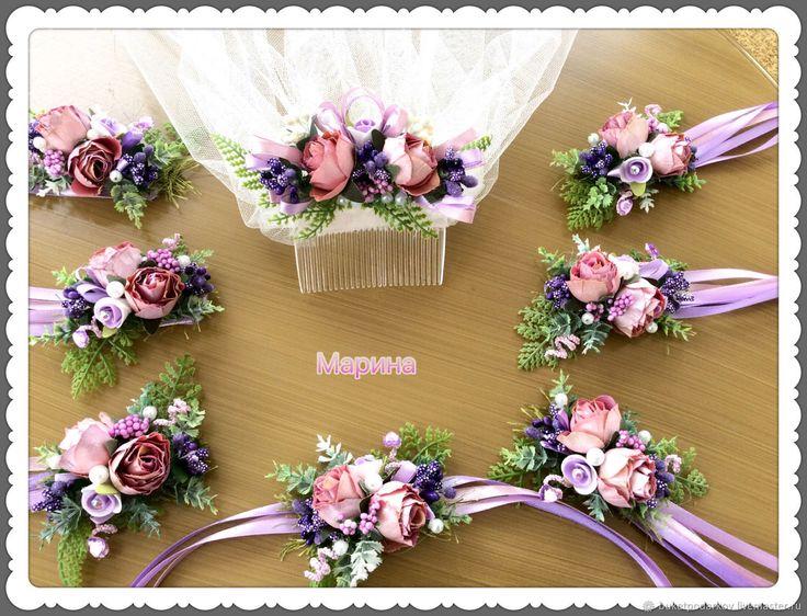 Купить или заказать Браслеты для подружек невесты . ( розово-сиреневые) в интернет-магазине на Ярмарке Мастеров. Как правило, подружки на свадьбу надевают платья одинакового цвета, в руках они держат небольшие букеты в тон букетам невесты. Но учитывая то, что у подружек в этот день множество забот, то, чтобы освободить их руки, часто используют свадебные браслеты для подружек невесты. Необычный аксессуар не ограничивает движений девушек, они запросто могут поправить причёску или платье…