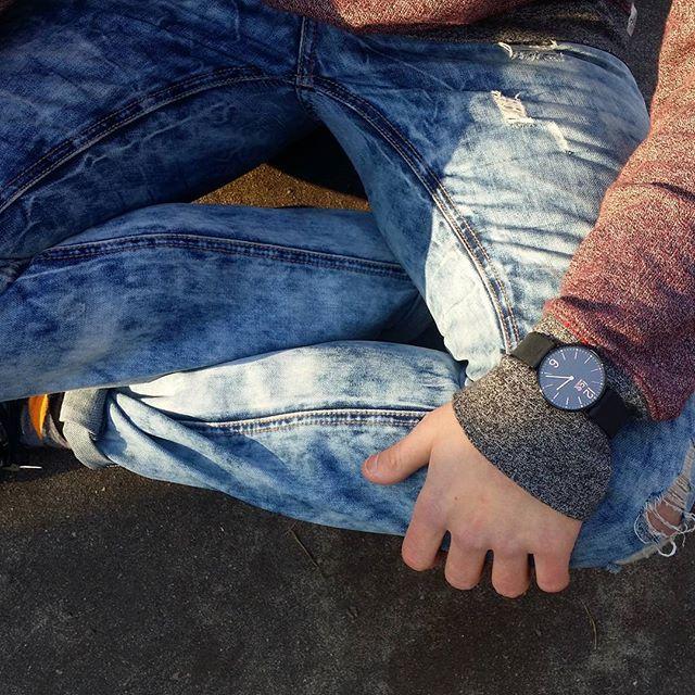 Outfit na spacer po mieście? Z #IceWatchCity! #IceWatch #City #watch #zegarek #cool #casual #style #fashion #butiki #swiss #butikiswiss #dlaniego