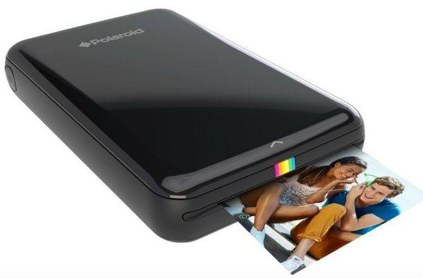 Aujourd'hui, c'est la marque Polaroid qui renaît en quelque sorte de ses cendres avec cette petite imprimante autonome et nomade, la Polaroid Zink Magic. - See more at: http://www.iphonologie.fr/4547-zink-magic-imprimante-polaroid-sans-fil-pour-iphone/#sthash.hYstfuQq.dpuf