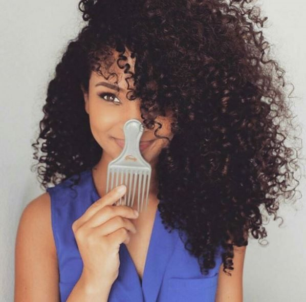 5 Dos And Don'ts When Using An Afro Pick  Read the article here - http://www.blackhairinformation.com/general-articles/tips/5-dos-donts-using-afro-pick/