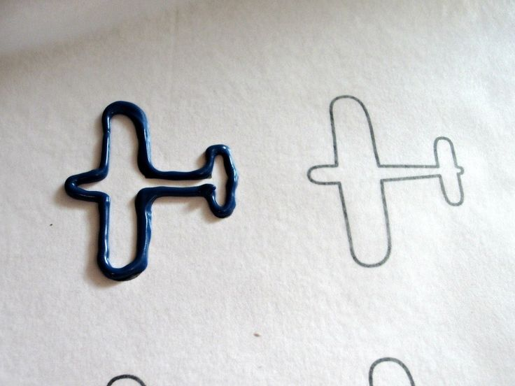 Airplane Cupcake Topper... I wish there was one for a helicopter, I'm sure it wouldn't be too difficult...