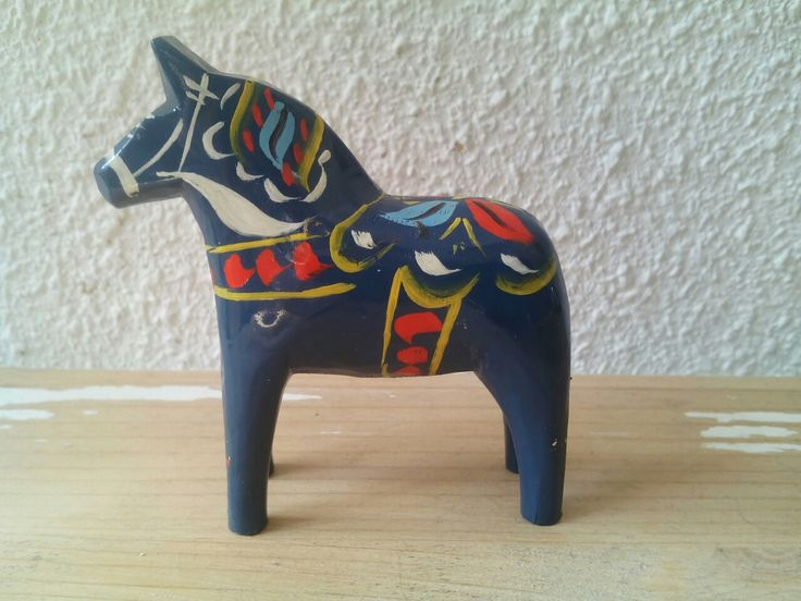 Vintage Swedish blue Dala-horse