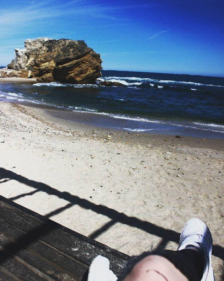 Как хочется вернуться сейчас на этот пляж уже без джинс и куртки, эх  .  .  .  .  #odessa #ukraine #travel #travelgram #photography #sea #beach #canon #travelphotography #travelblog #travelblogger #vsco #vscoodessa #vscoua #kievphotographer #kiev