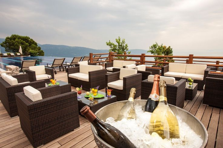 Are you looking for #meeting and #conference room where you can enjoy delicious #food in #Italy?  Lefay Resort & SPA - #lake #Garda