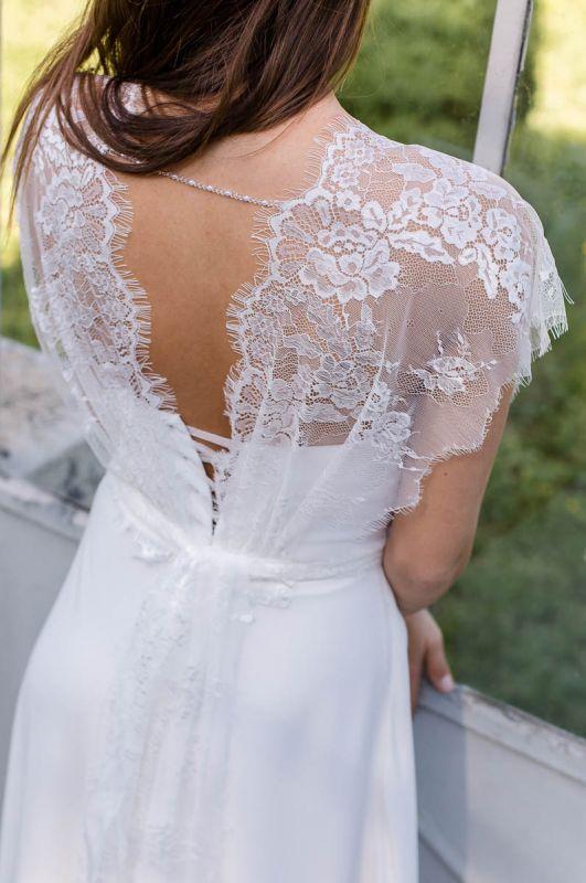 - Les Mariées de Provence - Paris. Photos de robes de mariée, prix, avis, adresses des boutiques, horaires et téléphone. La robe parfaite n'attend que vous.