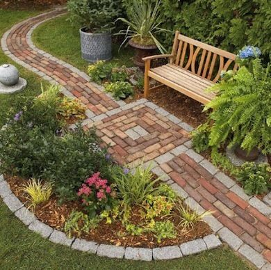 Really like this (The Right Path: 10 Wonderful Walkway Designs)