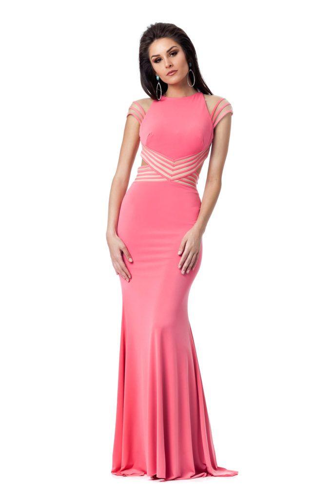 Bubblegum - Vestido longo com decote nas costas e recortes na cintura. Marca Jovani #euamoSNM #samenomore #glam #fashion #cool #ootd #cute #style #trends #aboutalook