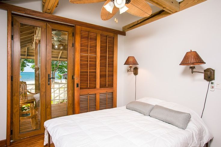 How Can Cheap Hotel Rooms Make Your Vacation Better - http://www.supertravelingnow.com/blog-post/how-can-cheap-hotel-rooms-make-your-vacation-better/