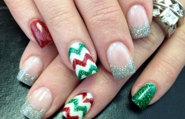 Cute for first pair of acrylic nails for me since I'm supposed to be getting some soon since its close to Christmas (source)