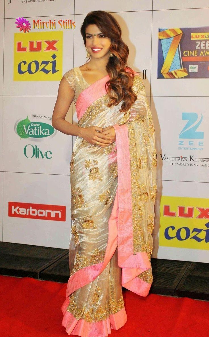 Priyanka Chopra In Pink Bordered Saree