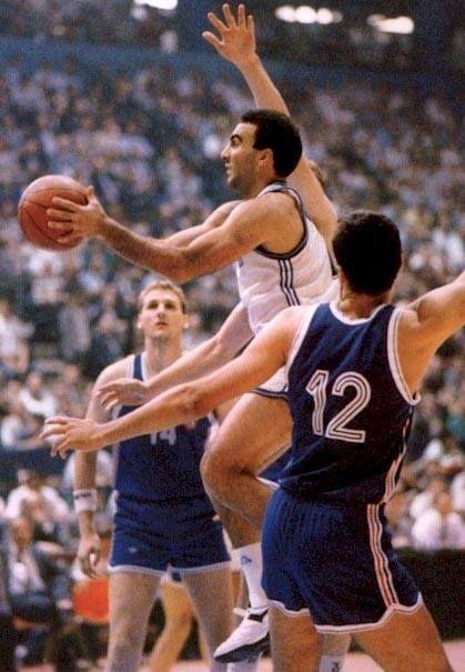 EUROBASKET 1989 Photo from the final game Nikos GALIS VS Radja, Paspalj and Divac