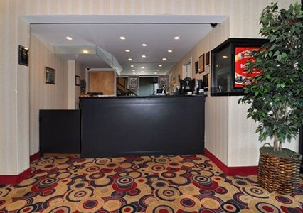 Welcome to the Econolodge Metro in Arlington VA, minutes from Washington DC.