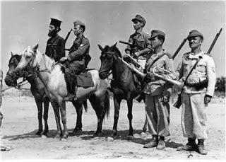 1944-xx-xx – Σώμα Γεώργιος Πούλος – Αξιωματικοί έφιπποι + ιερέας + δύο σαλπιγκτές – 766b090e191642d7a29a0605ac7051d2
