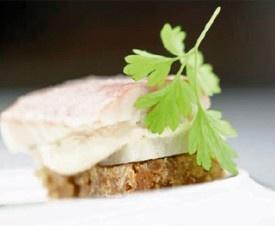 Gerookte rivierpaling met mierikswortel - Recepten - Culinair - KnackWeekend.be