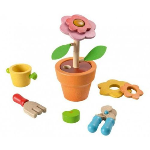 Make a seed blossom into a beautiful flower! This set includes all the tools you need to build a flower: seed, soil, watering can, shovel, garden shears, stackable stems, 2 leaves and 4 interchangeable flower petals.