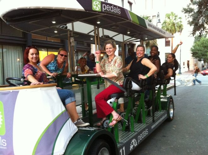 Historic District Pub Crawl - Bike Tours Savannah GA - Attractions in Georgia