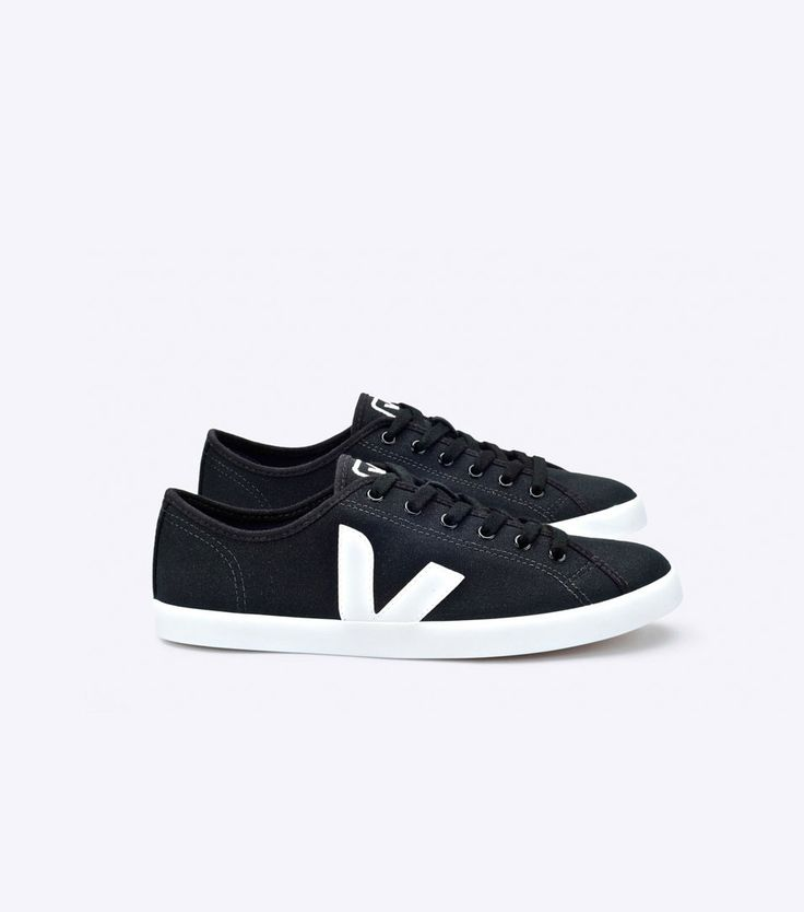 Veja sneakers in organic cotton