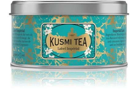 Traditionelle russe.  INGRÉDIENTS: Mélange de thé vert de Chine aux arômes d'orange, de vanille et de cannelle, racines de réglisse et baies d'argousier
