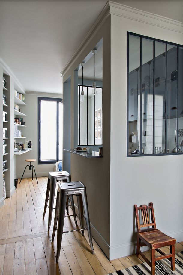 SMALL SPACES: STUDENT APARTMENT IN PARIS