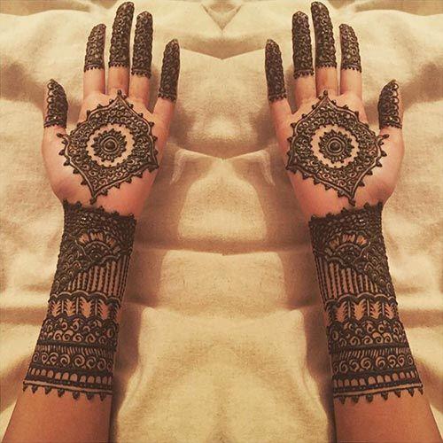 Bridal Mehendi Designs - The Swirl