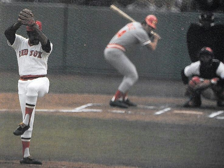 Two Distinctive Figures 1975 World Series Batter Pete Rose S Crouched Batting Stance Pitcher Luis Tiant Looki Cincinnati Reds Baseball Reds Baseball Baseball