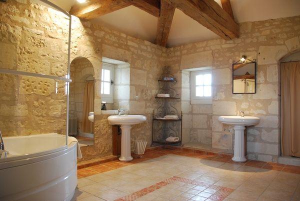 Chateau de la motte à Usseau - « Les plus belles chambres du Château sont pour vous ! »