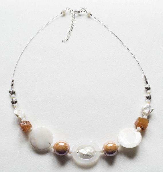 Jewelry+Statement+Necklace+Fresh+pearls+and+Topaz++from+Unikacreazioni+by+DaWanda.com