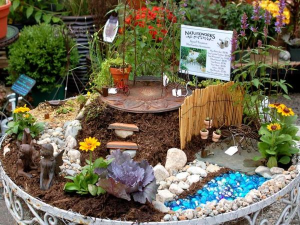 737 besten fairy garden and more bilder auf pinterest feengarten feenh user und miniaturg rten. Black Bedroom Furniture Sets. Home Design Ideas