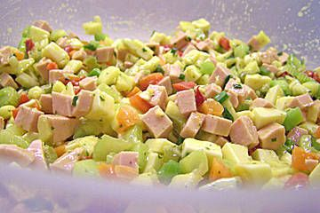 Holländischer Käse-Wurstsalat
