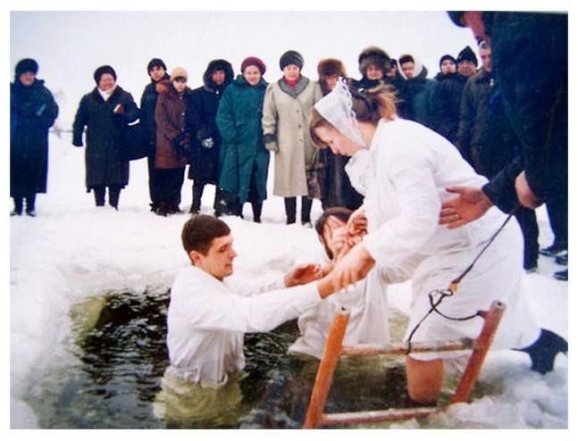 Giovanni Calvino insegnò un battesimo non valido |----------------------------> In seno alla Chiesa Riformata (che si rifà agli insegnamenti del riformatore Giovanni Calvino) il battesimo viene ...
