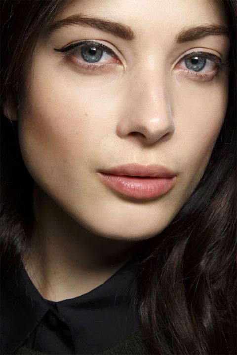 Off the runway. Spring 2015 makeup trends.