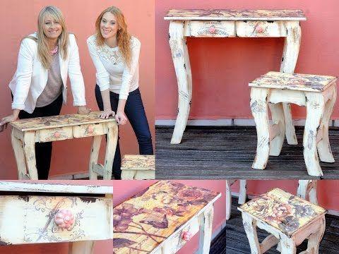 Rosana Ovejero sublima sobre madera. Silvia Nieruczkow decora cajas con flores. Hilda Rinaldi borda con cintas un cuadro romántico.