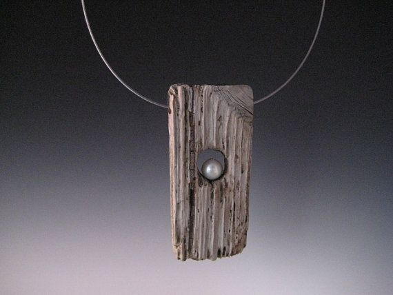 Hey, I found this really awesome Etsy listing at https://www.etsy.com/listing/124891746/driftwood-and-fresh-water-pearl-pendant