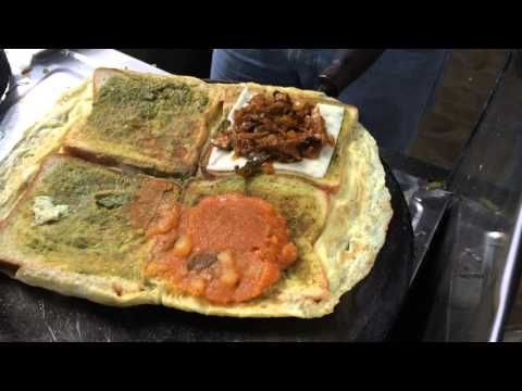 Chennai street food – King of Bread omelette – Indian Street Food – YouTube