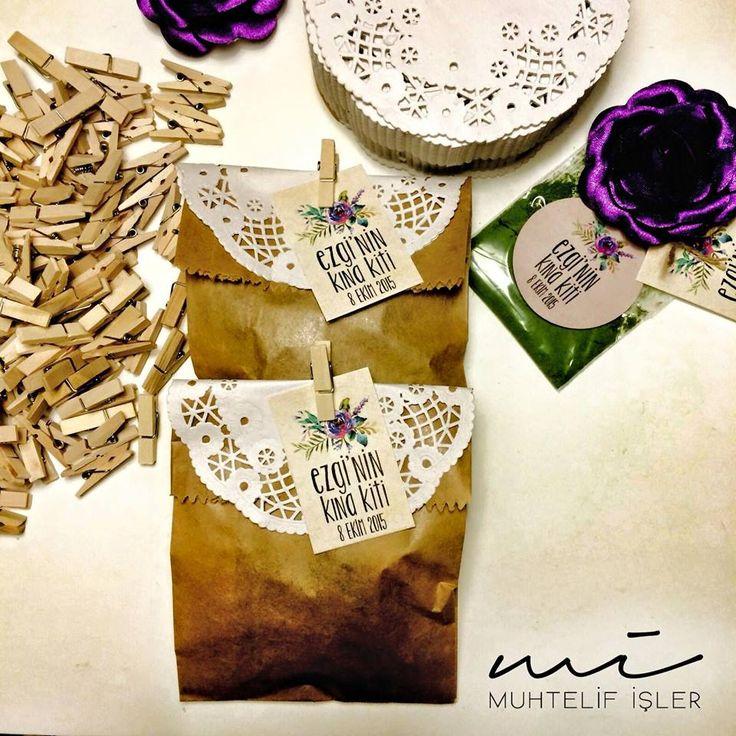 Yüksek yüksek tepelere ev kurmasınlar Aşrı aşrı memlekete kız vermesinler..  #wedding #hediyelik #nikahşekeri #kınakiti #kına #davetiye #weddingcard #weddinginvitation #weddinggift #invitationcard  www.muhtelifisler.net