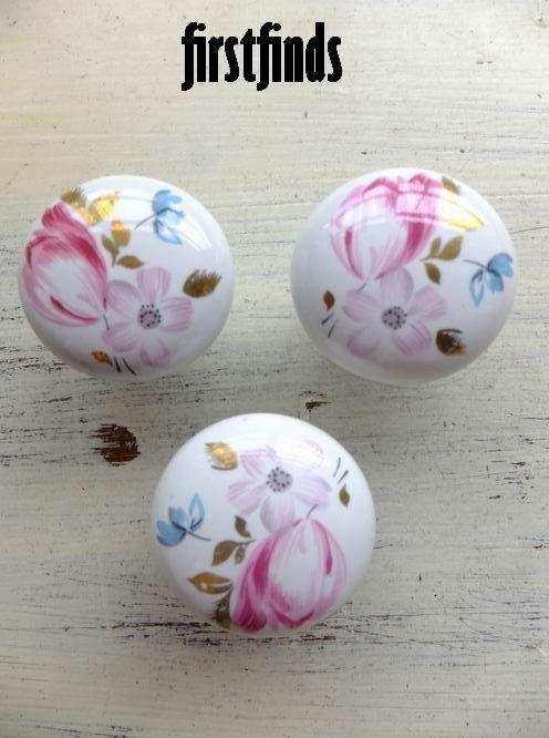 3 vintage ceramic pink gold blue floral knobs by Firstfinds, $8.40