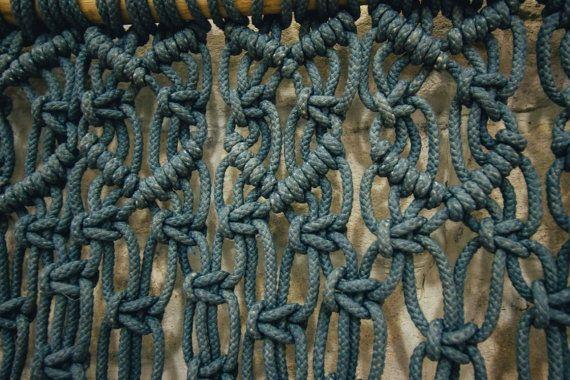 Macrame muur opknoping de Jeans kleur door TheWovenDreamFactory