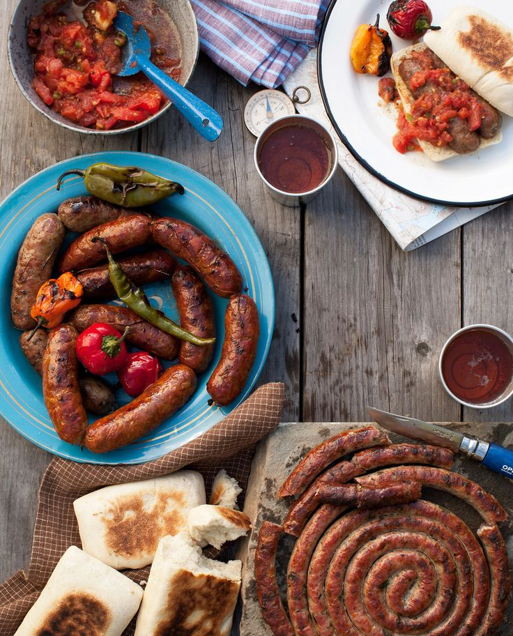 Tara Donne Photography | Summer Barbecue | Sausage | Brauts | Backyard Picnic