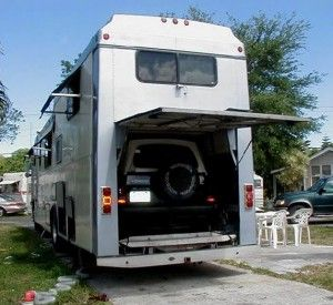 Beautiful Slide Continental Sports Amp Business Motorhome With Rear Two Car Garage