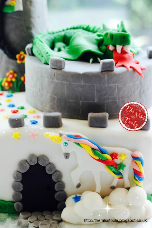 The Miss Tools: Fairy birthday cake: the dragon, the princess and the unicorn
