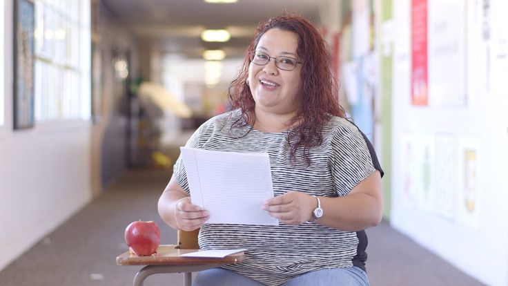 If you could write a letter to yourself on your first day of teaching, what words of encouragement and insight would you offer? Edutopia and SoulPancake teamed up to see what teachers had to say in this video for Teacher Appreciation Week.