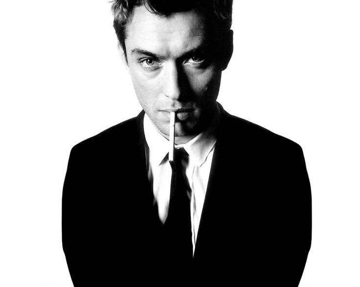 Oh Jude Law, you melt my heart! Plus, I still think you remind me of Cary Grant! <3 <3