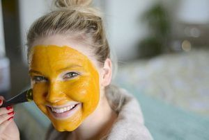 DIY Turmeric Face Mask Recipes for Radiant Skin #DIY #Turmeric #Face #Mas ...  -  Hautpflege-Rezepte