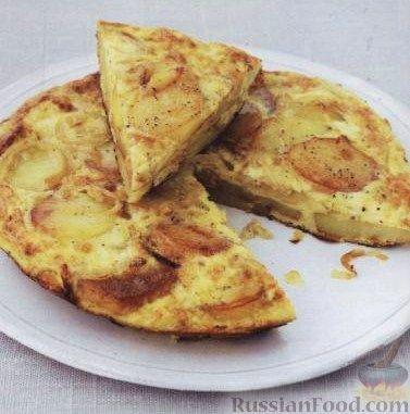 Фото приготовления рецепта: Испанский омлет с картофелем (тортилья) - шаг №5