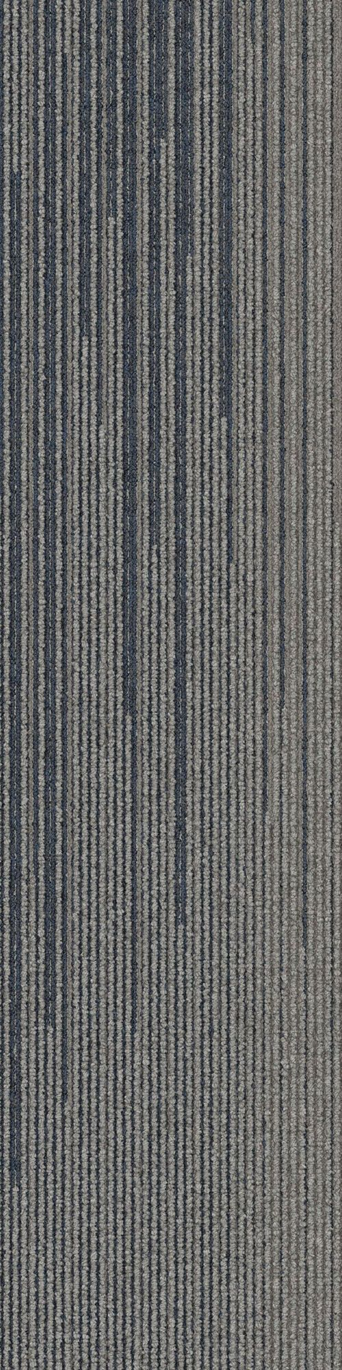 Interface carpet tile: SL930 Color name: Nickel Fade