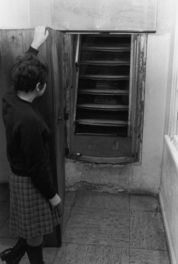 Family Finds Hidden Staircase That Leads To Creepy Secret