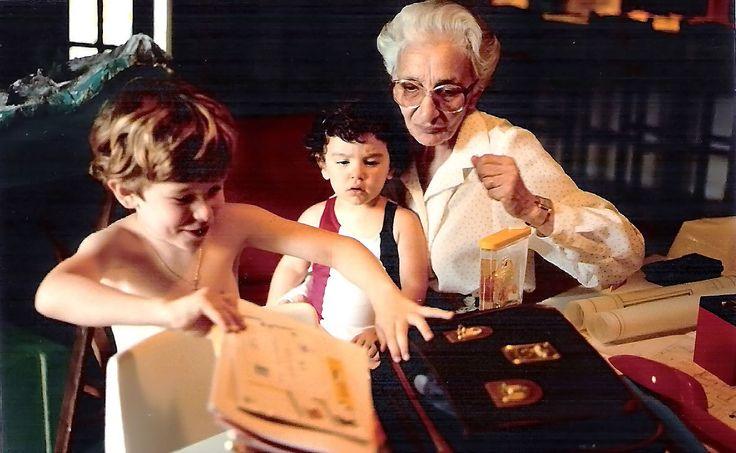 Anonimo - Un nonno non è una persona come le altre.  Come non essere d'accordo! ricordo la mia mamma, donna severissima con noi figli, cambiare completamente con i miei figli.... Speriamo che nella loro memoria resti sempre la loro memoria.  #famiglia, #nonni, #ricordi, #affetto, #memoria,