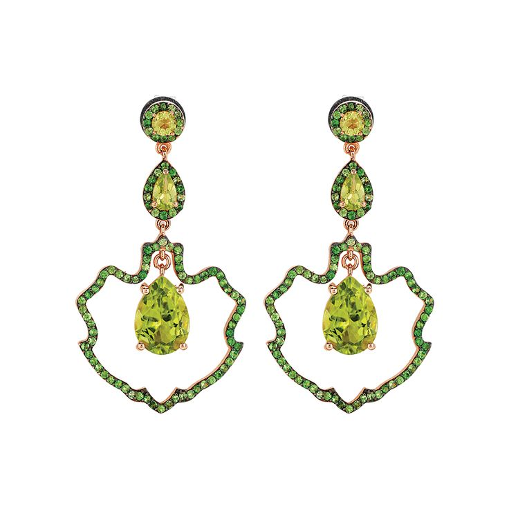 Peridot is considered to be a gem bestowing life upon humans and is believed to reflect back the negative energies. It cleans the body, balances body and mind, reduces concerns, opens up the mind and accelerates personal development. #peridot #gems #jewelry #earring