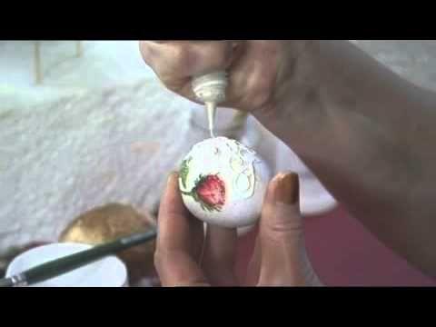 Velikonoční vajíčka zdobené strukturovanou pastou - VIDEO Jak se to dělá.cz
