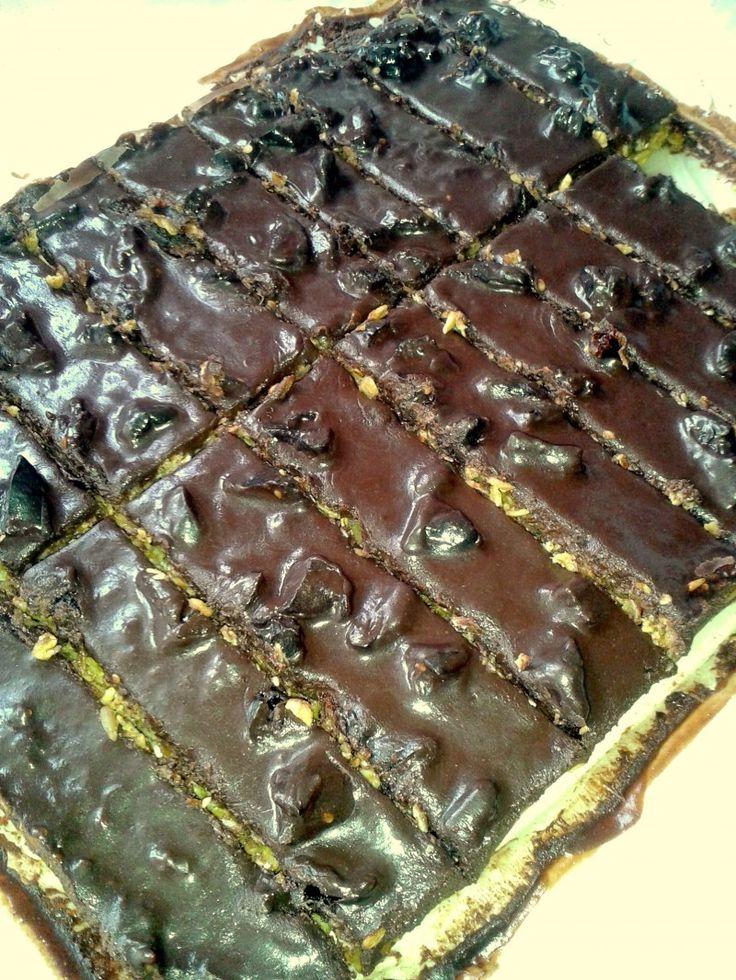 Μπάρες δημητριακών με επικάλυψη σοκολάτα ! Από την κουζίνα του/της Έλενα Καζαντζή στο Famecooks.com